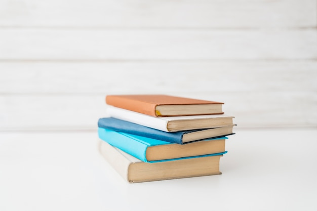 Decoración de vuelta al cole con libros