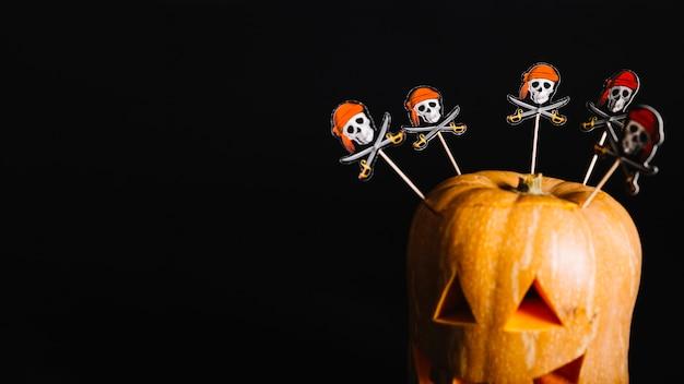 Decoraciones de jack-o-lantern talladas en halloween