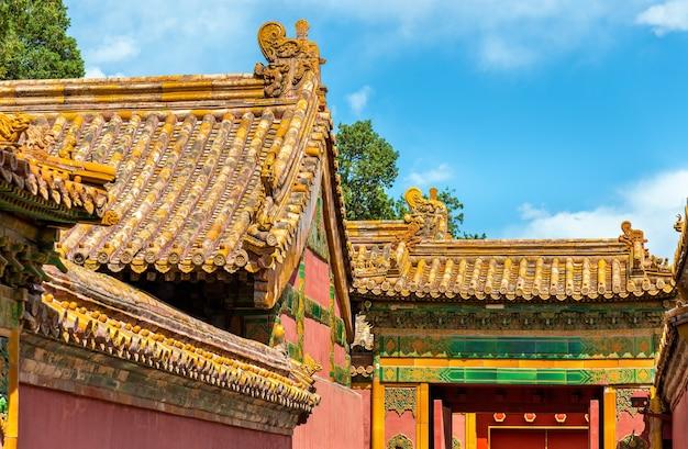 Decoraciones de techo en la ciudad prohibida, beijing - china