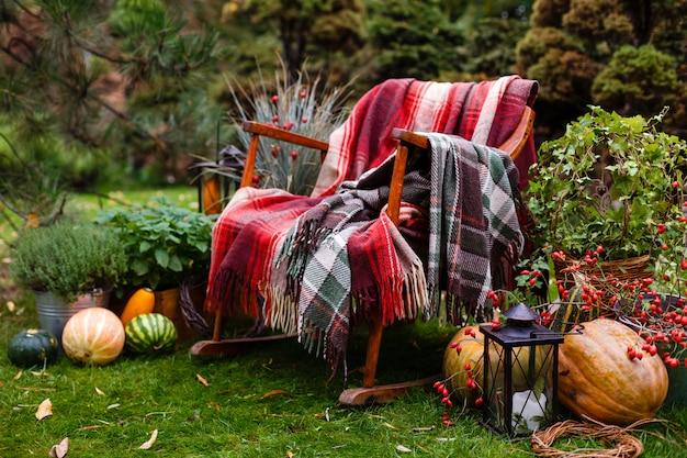 Decorar una boda con calabaza de otoño.