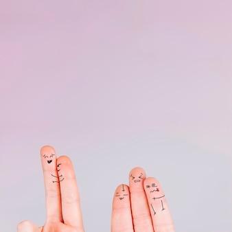 Dedos encantadores con emociones