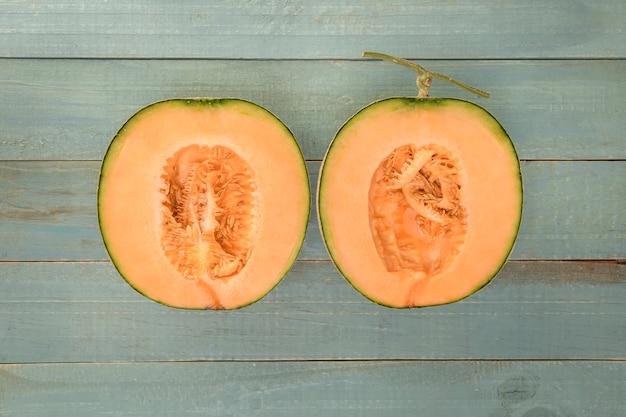 Delicioso desayuno o postre de melón, vista superior. concepto de alimentación saludable