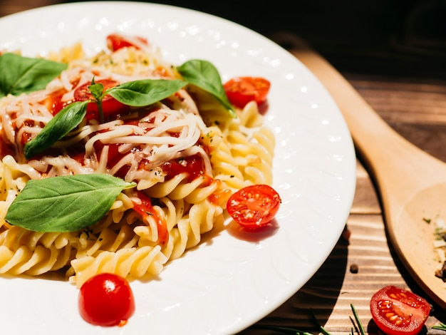 Delicioso plato de pasta italiana