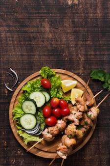 Delicioso sándwich turco de kebab