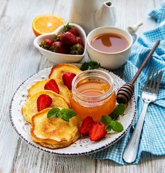 Deliciosos panqueques con fresa