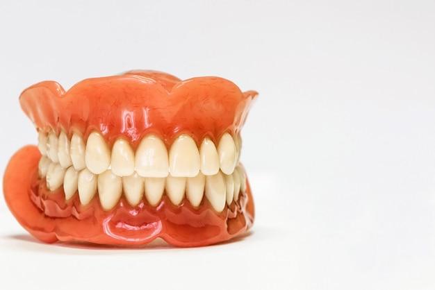 Dentaduras dentales aisladas