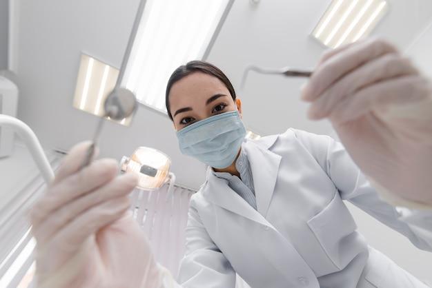Dentista desde perspectiva del paciente