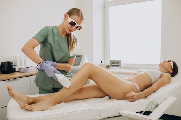 Depilación láser, terapia de depilación.
