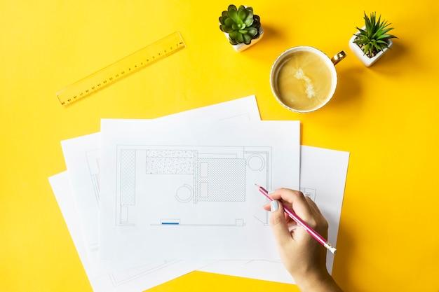 Desarrollo de diseño y maquetación del apartamento.