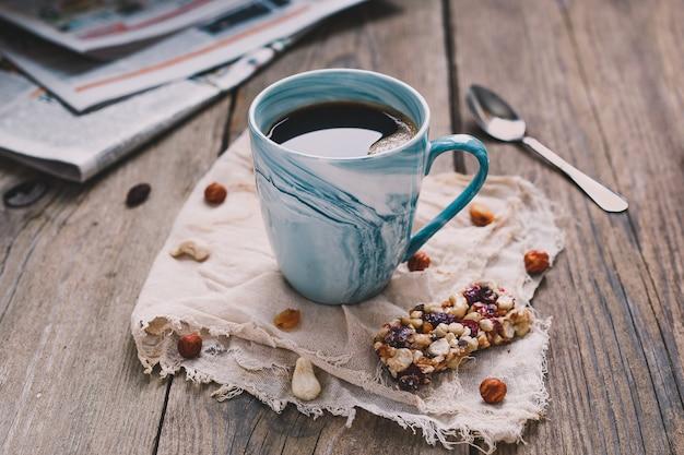 Desayuno de la mañana con muesli