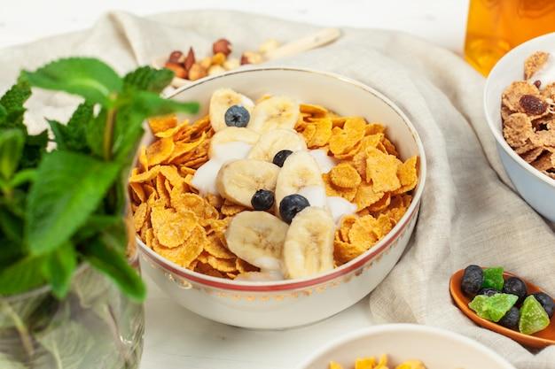 Desayuno saludable con hojuelas