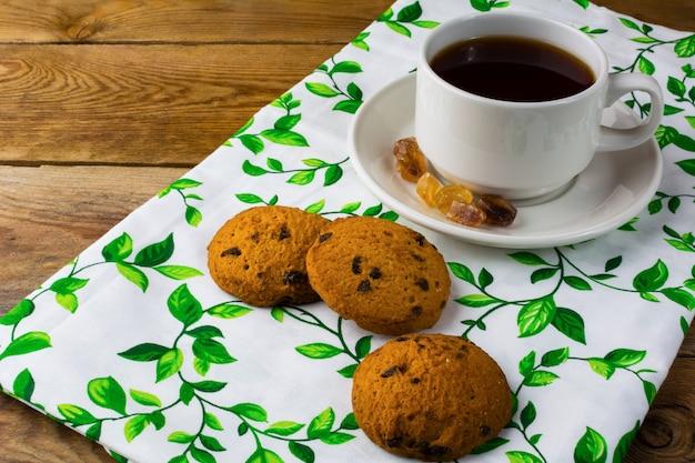 Desayuno té y galletas