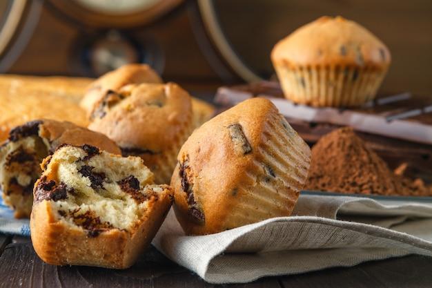 Desayuno de vacaciones con pastelería