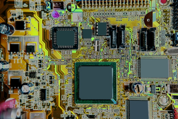 Detalle de la electrónica del hardware de la computadora del mainboard