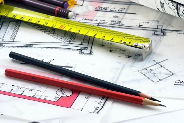 Detalle del escritorio de un arquitecto