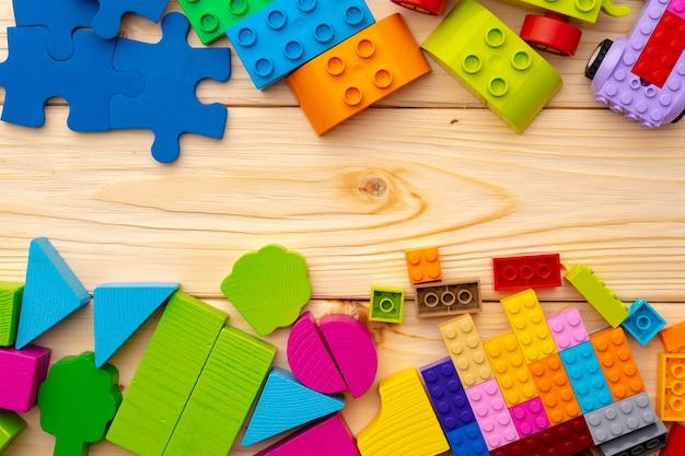 Detalles del constructor de juguetes en madera de cerca