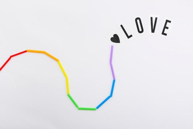 Día feliz del orgullo mundial amor en cadena