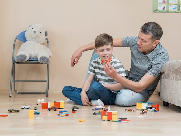 Día del padre jugando con el concepto de hijo