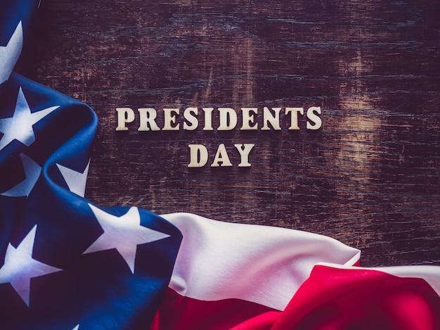 Día de los presidentes sobre superficie de madera.