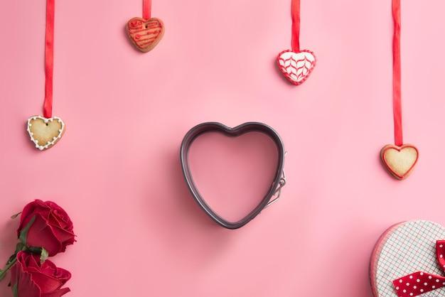 Día de san valentín, un postre festivo en forma de fondo de corazón