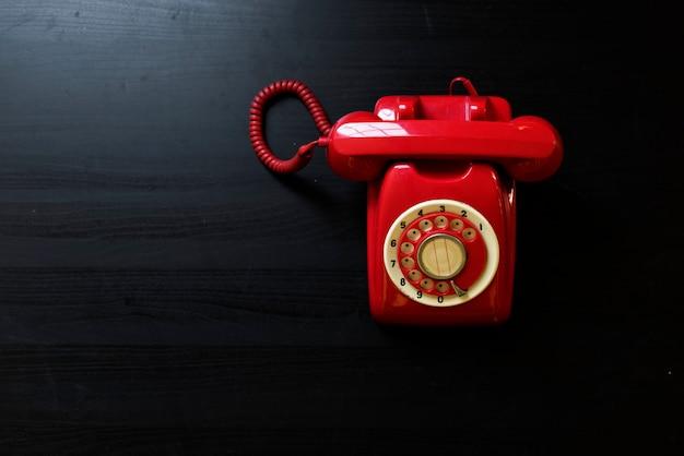 Dial rotatorio antiguo teléfono residencial retro