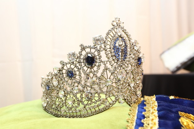 Diamond silver crown miss pageant concurso de belleza