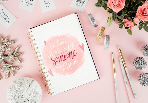 Dibujo de amor en un cuaderno.