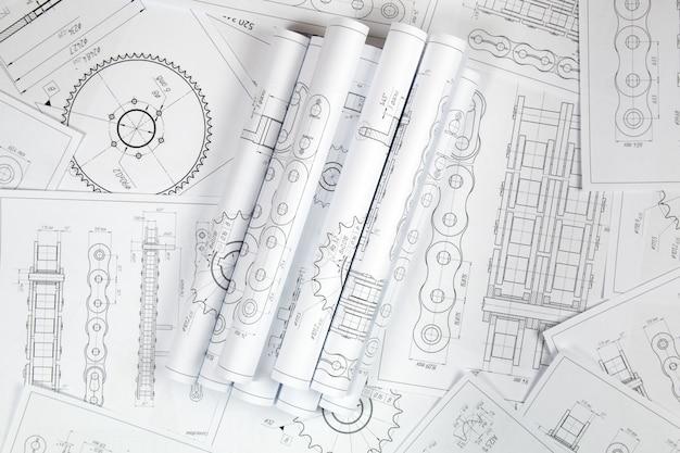 Dibujo de ingeniería técnica, detalles de la cadena de transmisión industrial, piñón y mecanismos.