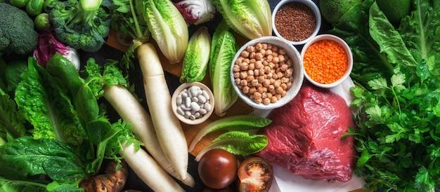 Dieta saludable e ingredientes de nutrición equilibrados limpios comiendo alimentos