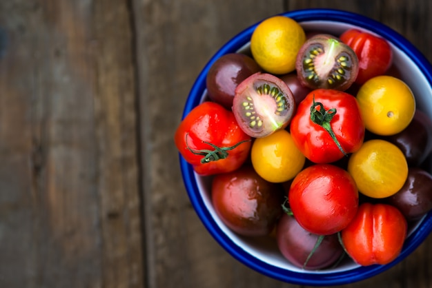 Diferentes tipos de tomates orgánicos para bebésdiferentes tipos de tomates orgánicos para bebés