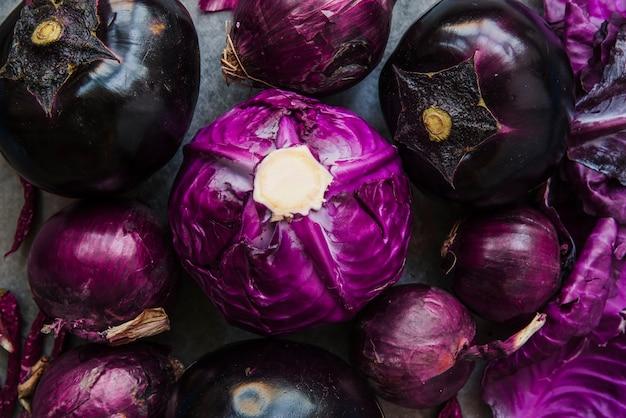Diferentes tipos de vegetales saludables.