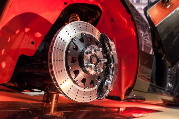 Disco de freno y cubo de rueda.