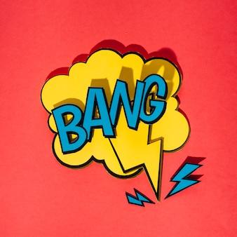 Discurso amarillo de la burbuja con la explosión de la palabra en fondo rojo