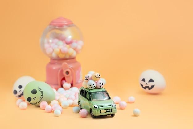 Diseño de dulces y huevos espeluznantes para el concepto de halloween