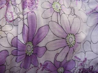Diseño de flor morada