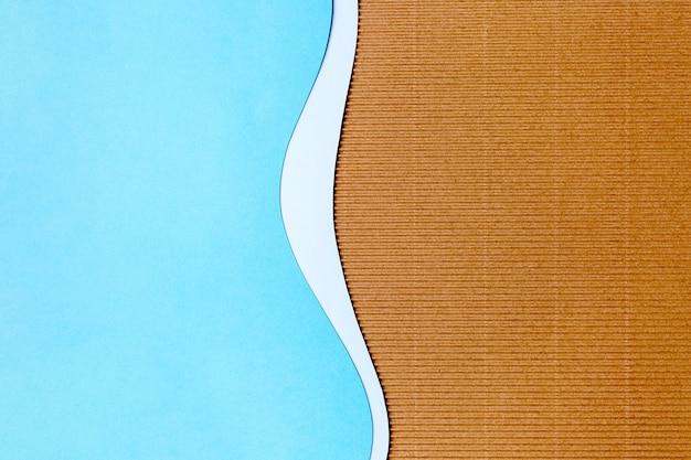 Diseño de fondo de forma de papel azul claro