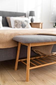 Diseño de interiores de dormitorio borroso