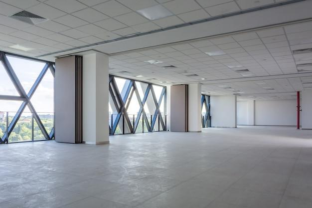 Diseño moderno de arquitectura interior vacía