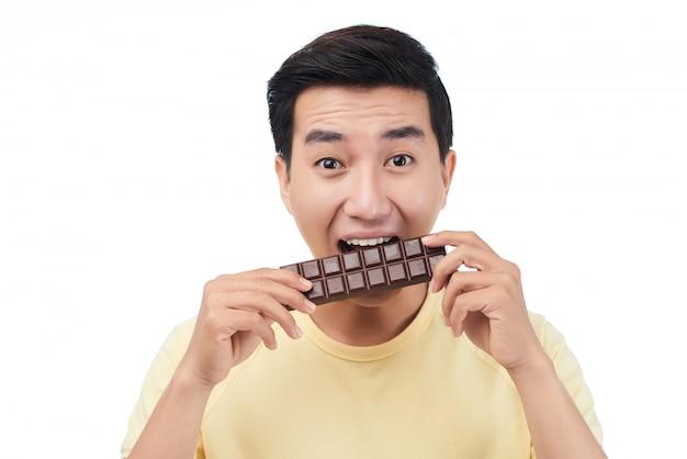 Disfrutando el chocolate
