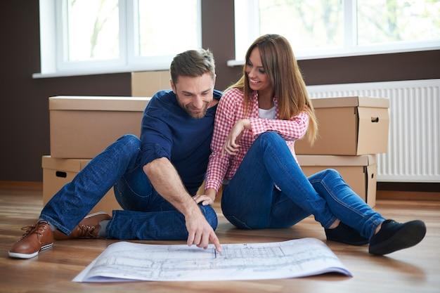 Disfrutando de la planificación de nuestro nuevo hogar
