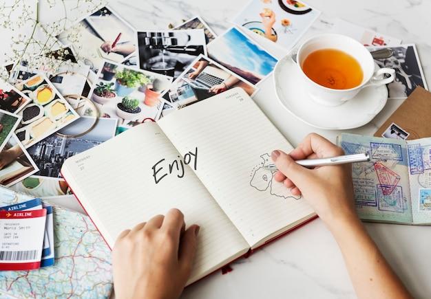 Disfrute de las vacaciones viajes concepto de viaje