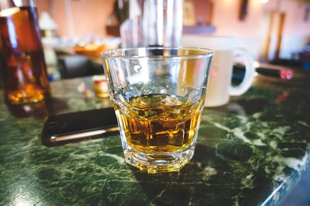 Disparo de whisky