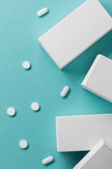Disposición de contenedores de pastillas de vista superior