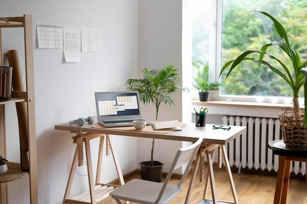 Disposición de escritorio de ángulo alto