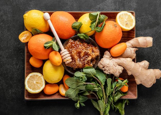 Disposición plana de alimentos saludables para aumentar la inmunidad