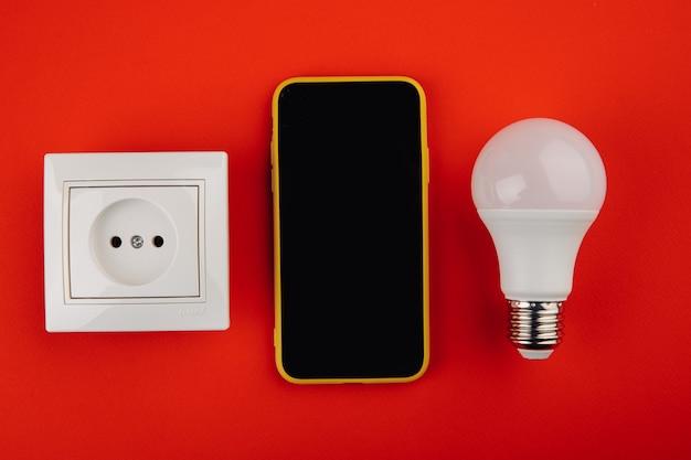 Dispositivo de automatización del hogar de casa inteligente con bombilla y zócalo