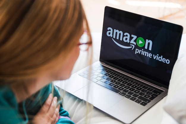 Dispositivo tecnológico con app de amazon prime video