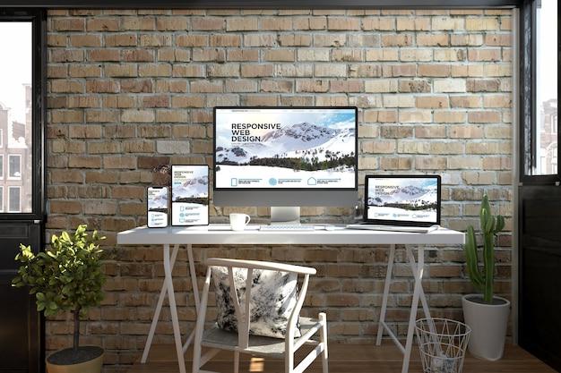 Dispositivos receptivos en un escritorio que muestran la representación 3d del diseño web