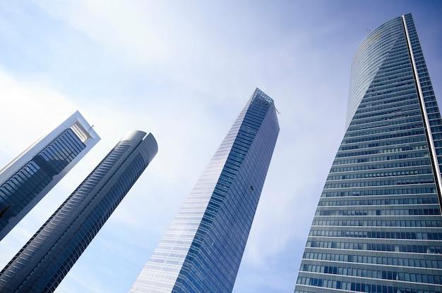 Distrito financiero de madrid, españa en cuatro torres