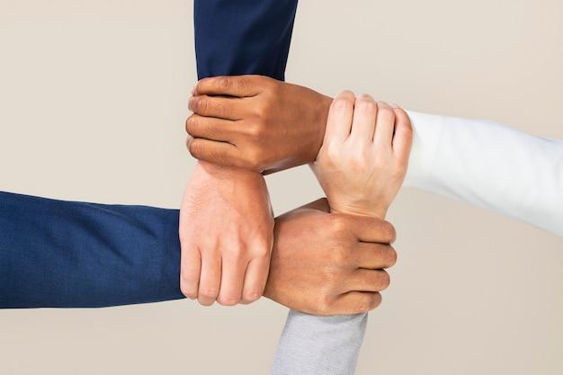 Diversas manos gesto de trabajo en equipo de negocios unidos